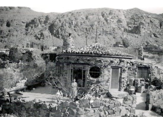 The round rock house in 1953, courtesy of Palm Springs Historical Society.