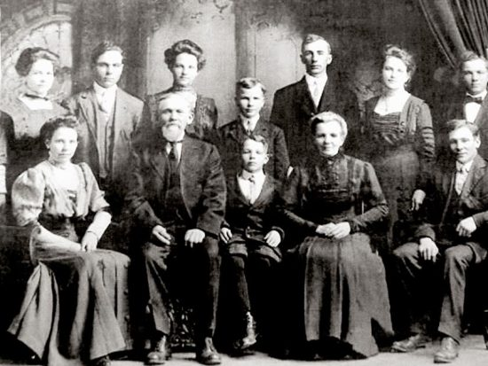 The Joseph J. Krug Family, 1906. Arnold is the boy in theh middle of the back row.