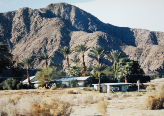 Carl Bray's Gallery, demolished by the City of Indian Wells in 2010.