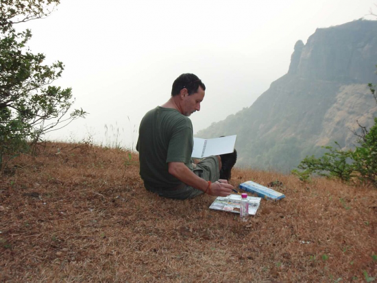 Vaughan Davies painting at Echo Point in Matharan, India.